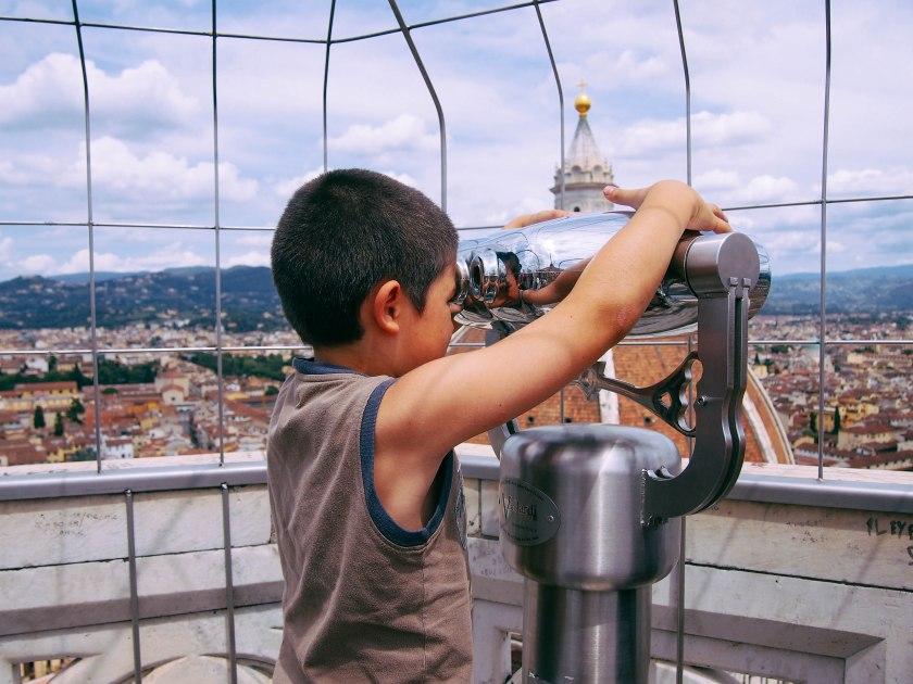 kid with binoculars