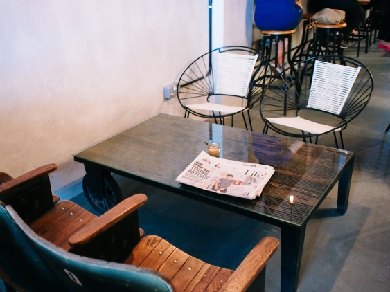 ronin cafe seats