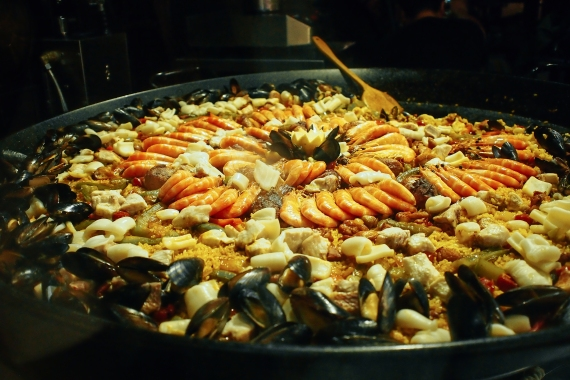 mixed seafood paella