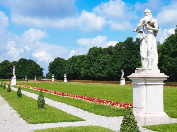 nymphenburg-statues
