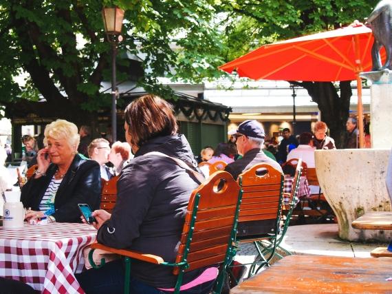 viktualienmarkt-beer-garden-1