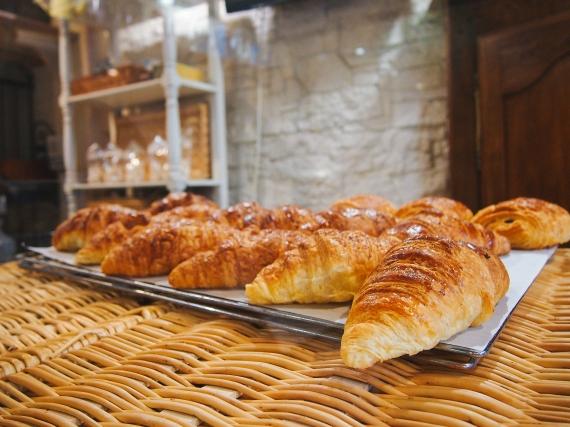 paris-croissants
