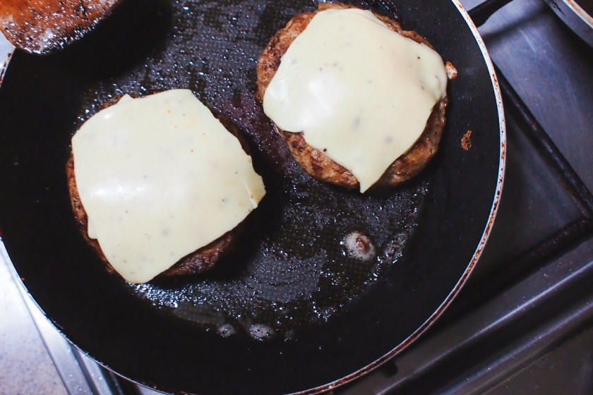 melted-cheese-on-patties