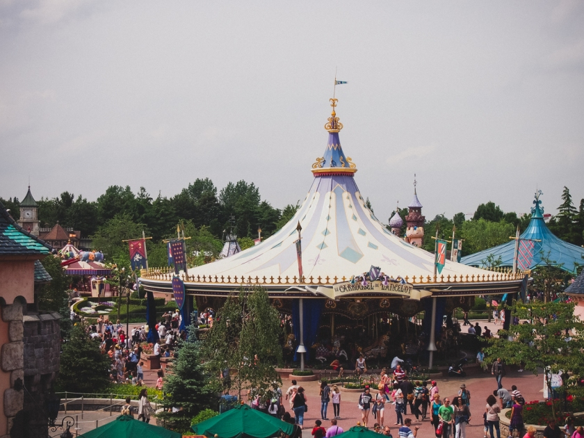 disneyland-carousel