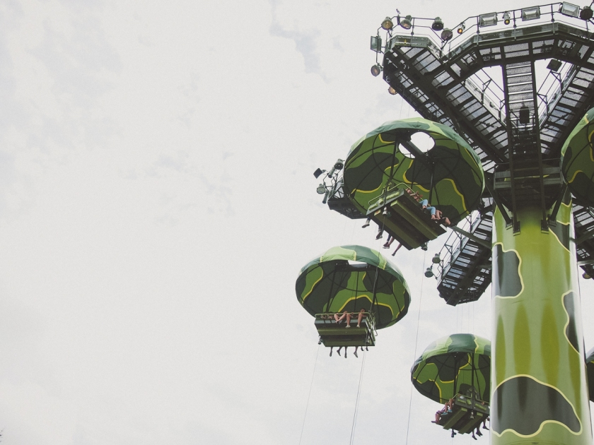 disneyland-toy-story-parachute-ride