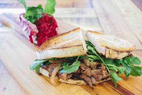 beef-rye-sandwich-lokal