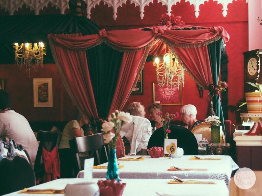 richmond-main-dining